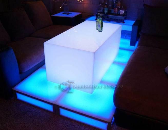 Lumen LED Lighted Nightclub Table
