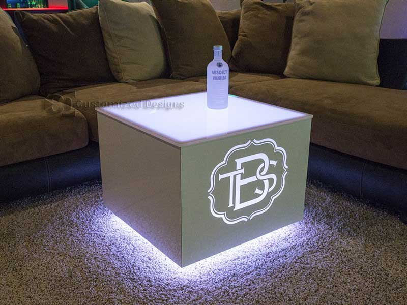 Cubix LED Illuminated Bar Table 4